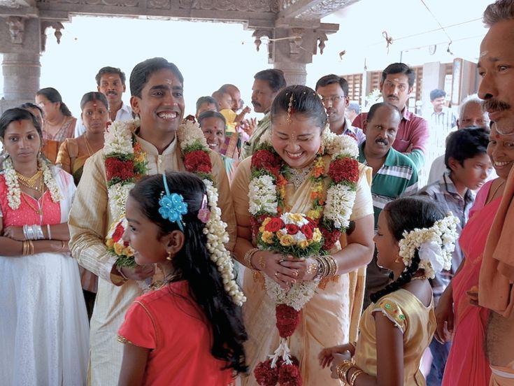 Jak jsme jeli na svatbu Ne že bychom byli nějací profesionální vymetači svateb, ale tenhle rok se to nějak žení a vdává, že člověk neví, co dřív. Fakt je, že svatba dvou jedinců by teoreticky měla být jen jednou, takže taková paráda už se třeba nemusí opakovat. Takže když nás pozval náš indický kamarád Rajeesh...