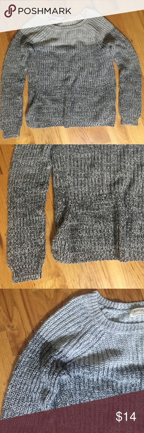 Super cozy ombré sweater Great ombré sweater!! Sooo soft!! It has no flaws. And is in new condition! It is a girls size Xlarge. Fits more like a women's small thoigh! 20% off bundles and excepting all reasonable offers. Brand is NOT Patagonia Patagonia Sweaters