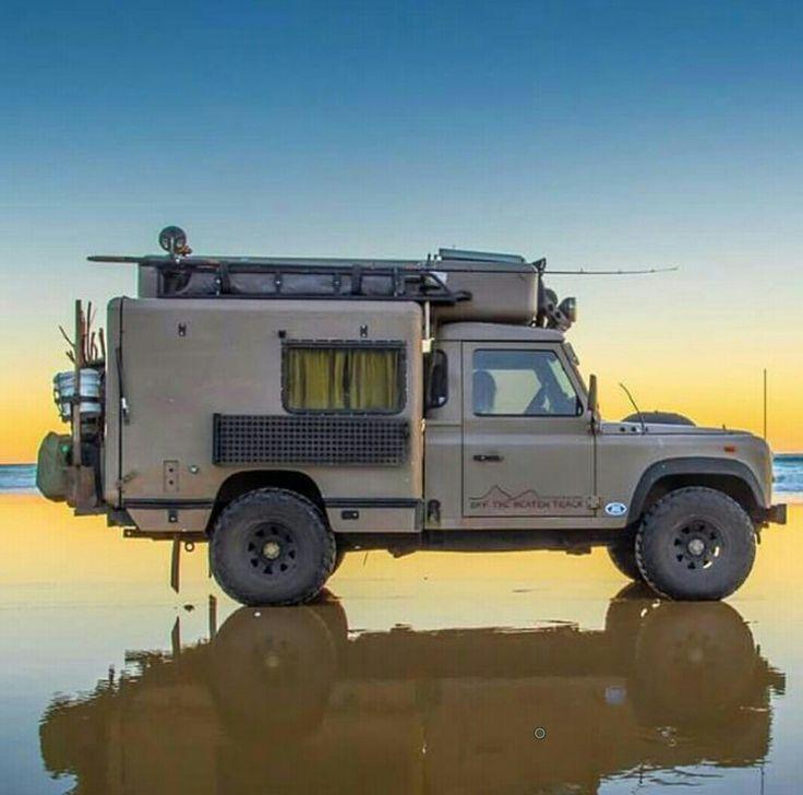 LR Defender overland camper