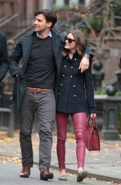Fashion designer Valentino eats lunch with Olivia Palermo, her boyfriend Johannes Huebl, and others at Saint Ambroeus restaurant. After lunch, Olivia and Johannes take a walk together and grab a cab.