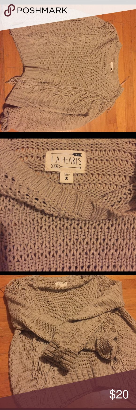 Double sided front fringe light sweater Double sided front fringe. Beige type colored. Light. From Pac sun great condition hardly worn at all LA Hearts Sweaters Crew & Scoop Necks