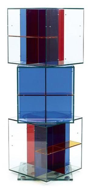 jean nouvel n en 1945 biblioth que tournante form e de trois cubes superpos s en verre. Black Bedroom Furniture Sets. Home Design Ideas