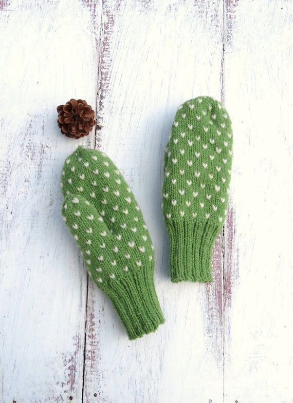 Green Thrum Mittens Hand Knit Wool Mittens by StoneyCreekKnitters, $35.00