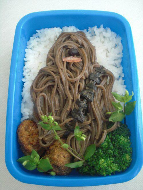 Would love to meet the person who did thisFun Recipe, Boxes Design, Lunches Boxes, Bento, Soba Noodles, Stars Wars, Foodart, Food Art, Starwars