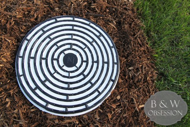 How to make Garden Stones with Cement: Black and White Garden Stone Maze Sewer Grate | www.blackandwhiteobsession.com
