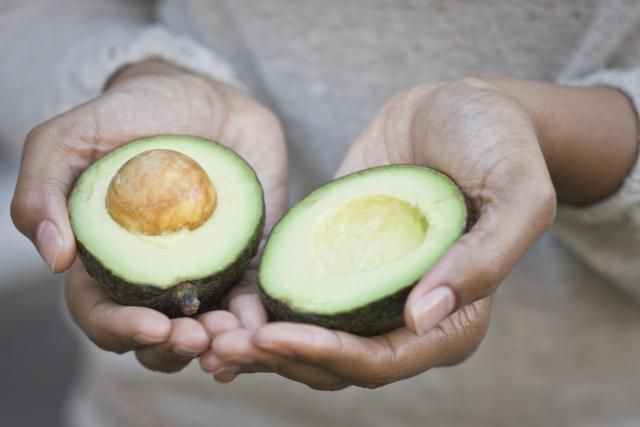 Tired of the Hass? Try These Other Avocado Varieties! http://produce.about.com/od/Spring-Fruits-and-Vegetables/fl/Various-Avocado-Varieties.htm?utm_source=twitter&utm_medium=social&utm_campaign=shareurlbuttons via @aboutdotcom