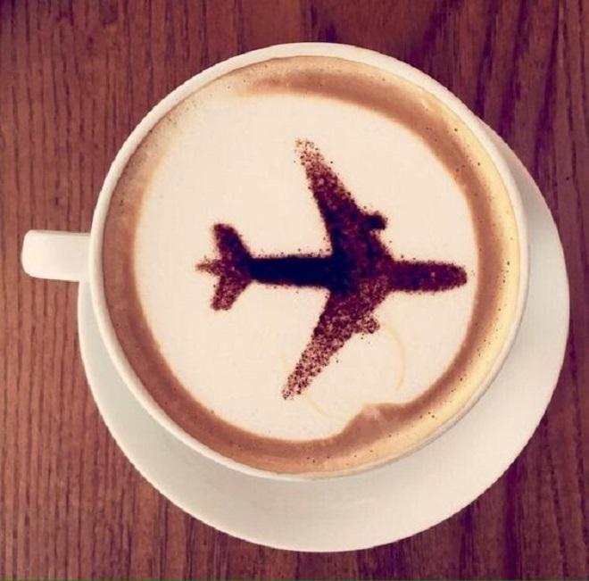 Covesia.com - Bepergian dengan menggunakan pesawat terbang, sering dianggap sebagai pilihan yang paling nyaman dan cepat untuk sampai di tujuan. Namun, bukan...
