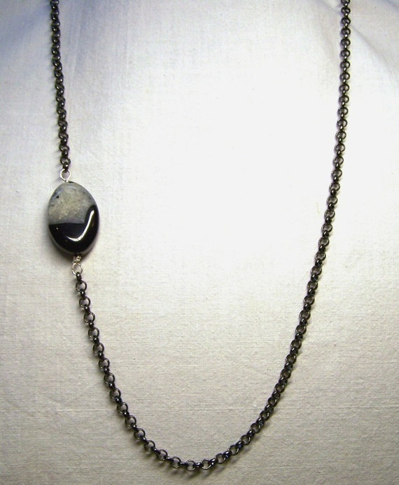 Black Druzy Agate Bead Gunmetal Rollo Chain by ShesSoWitte on Etsy, $20.00Jewelry Design, Rollo Chains, Gunmetal Rollo, Black Druzy, Witte Etsy, Agates Beads, Beads Gunmetal, Etsy Shops, Druzy Agates