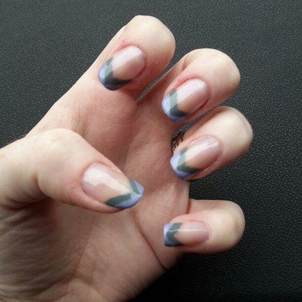 Blue and grey chevron tips #nailart #nailie