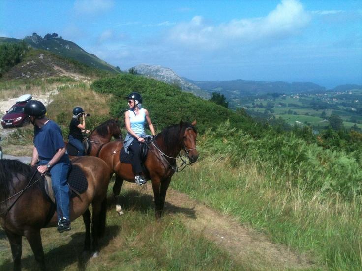 Rutas a caballo, Frontera Verde, Asturias Spain.