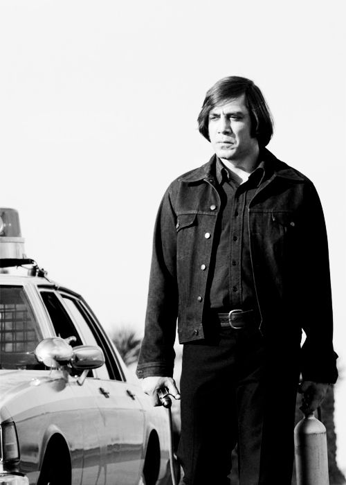 no country for old men movie essay No country for old men is about a rugged cormac mccarthy's paradox of choice: one writer, ten novels cormac mccarthy's paradox of choice: one writer, t.