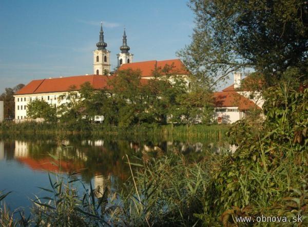 Národná svätyňa v Šaštíne dnes privíta tisíce veriacich pri príležitosti sviatku Patrónky Slovenska
