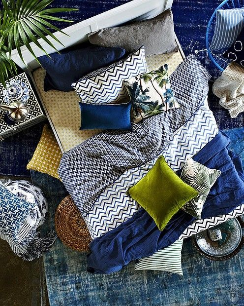 Nice linen & love the tropical print cushion