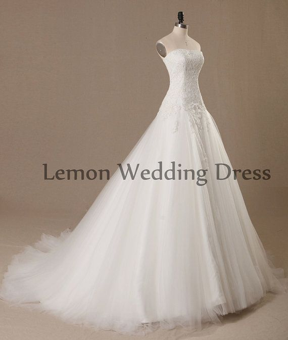 flowy lace wedding dress princess simple ivory lace wedding dress
