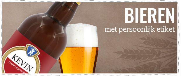 Guys like beer! Houdt jouw vader ook van een biertje op zijn tijd? Verras vaders dan snel met een biertje met een persoonlijk etiket! Verkrijgbaar in Westmalle Tripel, St-Feuillien, Duvel Moortgat of Kasteel Cuvée Chateau!  #Vaderdag #Vaderdagcadeau #Vaderdaginspiratie #bier #personalisatie #gepersonaliseerd