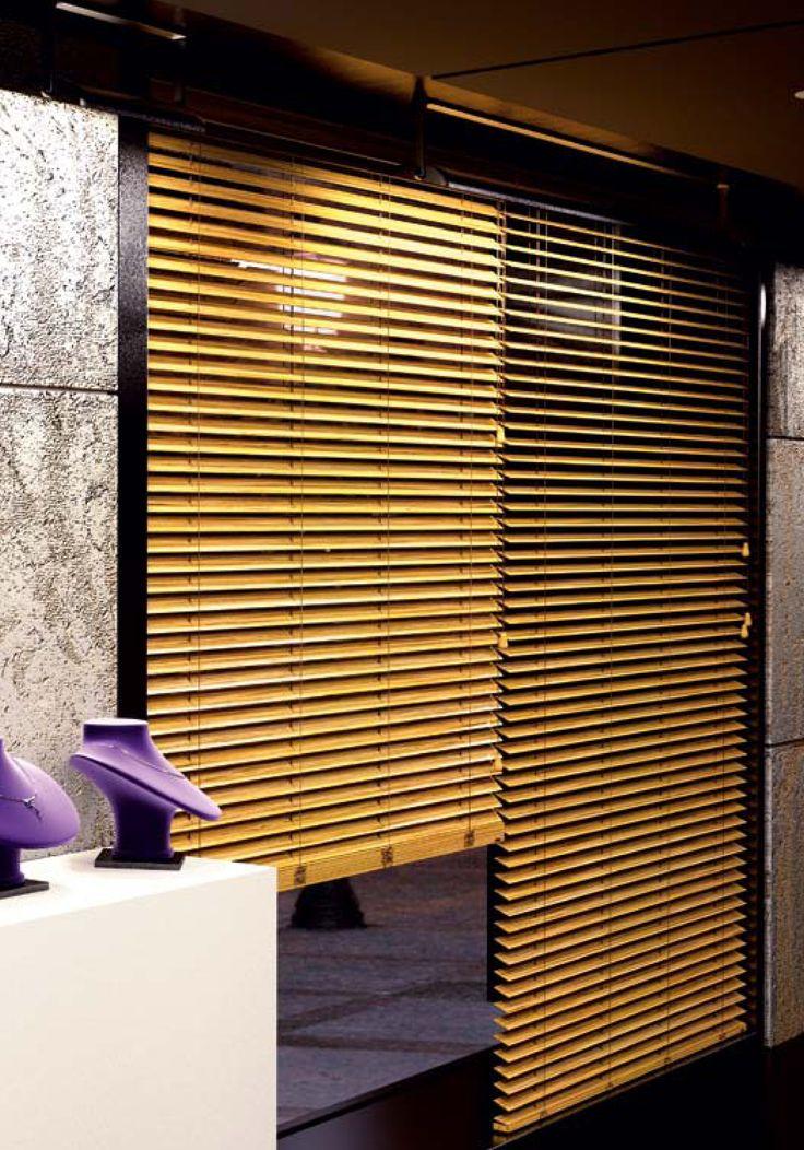 ξυλινα στοράκια και για καταστήματα!/wooden blinds even for your store!