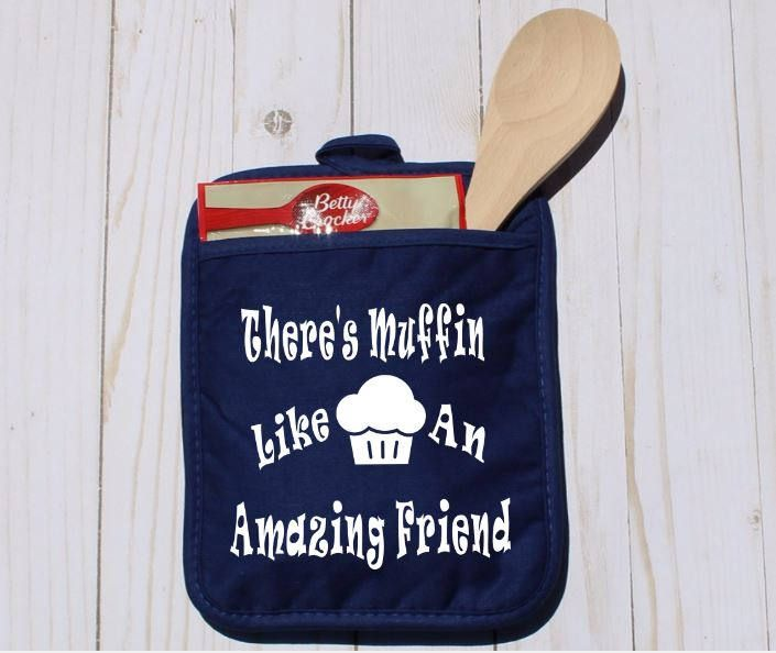 Gifts for Friends Women, Best Friend Gifts, Best Friend Presents, Christmas Gift for Best Friend, Gifts for Friendship, Thank You Gift Woman by CynthiaCraftBoutique on Etsy #potholder #friendgift #thankyougift #ovenmitt #muffin #bakinggift