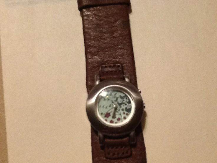 Fossil big tic Bg1070 women's leather watch with cherry blossoms