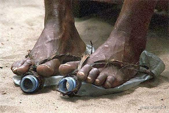 Per un uomo a piedi scalzi, la felicità è un paio di scarpe. Per un uomo che…