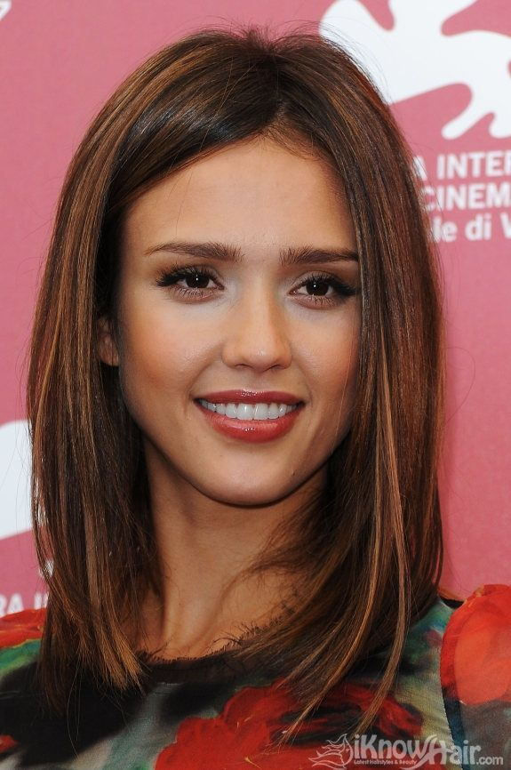 How I want my hair to go in the next few months...significantly below the shoulder, lose the dodgy side fringe I thought it was a good idea to get, and maybe some caramel-y NON BLEACH highlights. Ohh and Jessica Alba's face would be nice too.