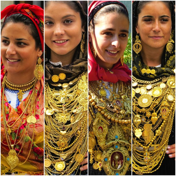 Traditional filigree gold jewelry north of Portugal