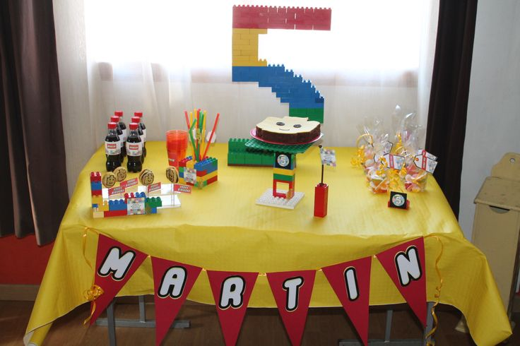 Un anniversaire sur le thème Lego