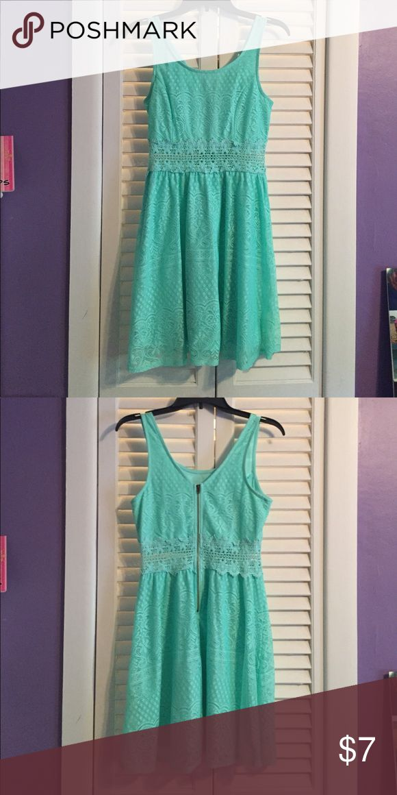 Sea Green Lace Dress Worn only one time! Lace dress with underlay underneath dress, sea green color, and super comfortable! Size Medium:) Xhilaration Dresses Mini