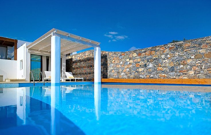 Anemos Villa in Thalassa Villas Resort, Agios Nikolaos, Crete Island. An exclusive Villa for Private Holidays Hermes Villa invites guests to experience ultimate luxury and complete privacy in the exceptional setting of Thalassa holidays villas. The