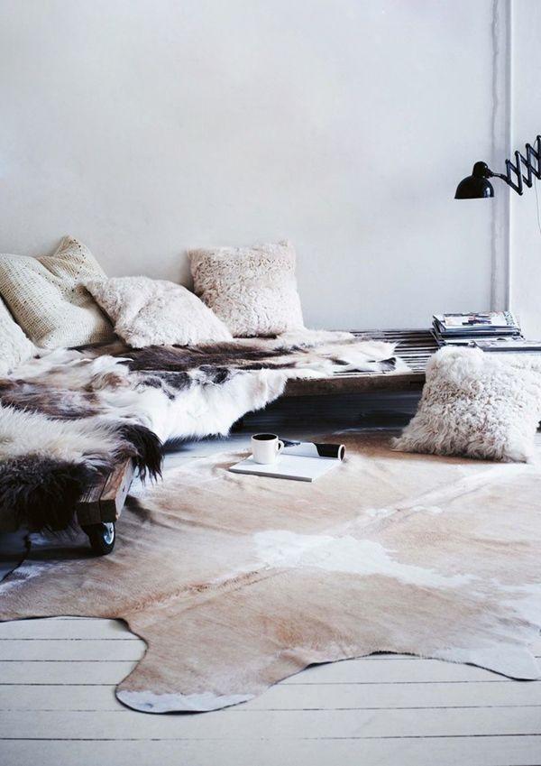 pingl par annie mazuy interiors sur tapis pinterest tapis d corations et maisons. Black Bedroom Furniture Sets. Home Design Ideas