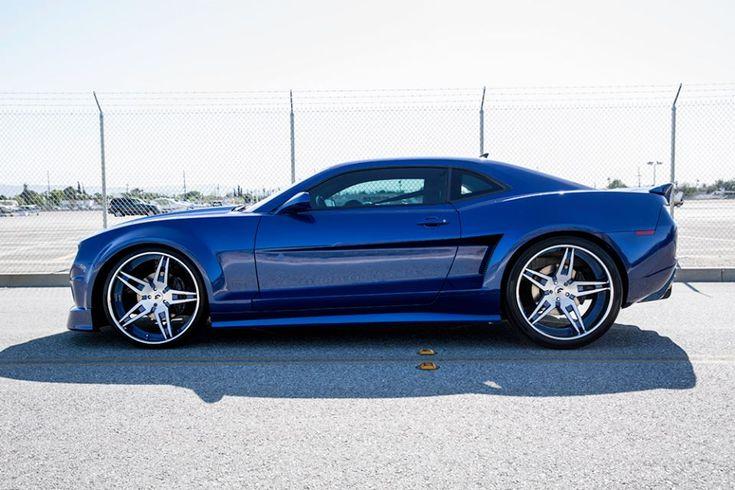 Forgiato Wide Body Camaro Shows Up In Blue Camaro Hot Rods Cars Muscle Chevrolet Camaro
