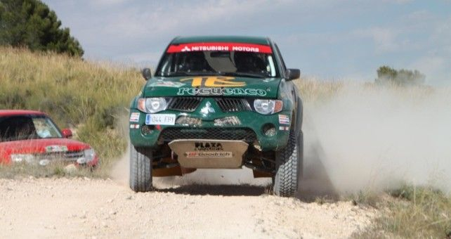 Luis Recuenco y Víctor Alijas han impuesto su Mitsubishi L200 en la penúltima prueba del campeonato disputada en Córdoba, donde sus rivales no han podido hacer nada por frenarles, convirtiéndoles en virtuales campeones.
