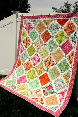 Layer Cake Quilt - better use of the single block format - uses minimum of 40 squares - needs the value contrast - wouldn't work if some of the squares were too light, would have to sub