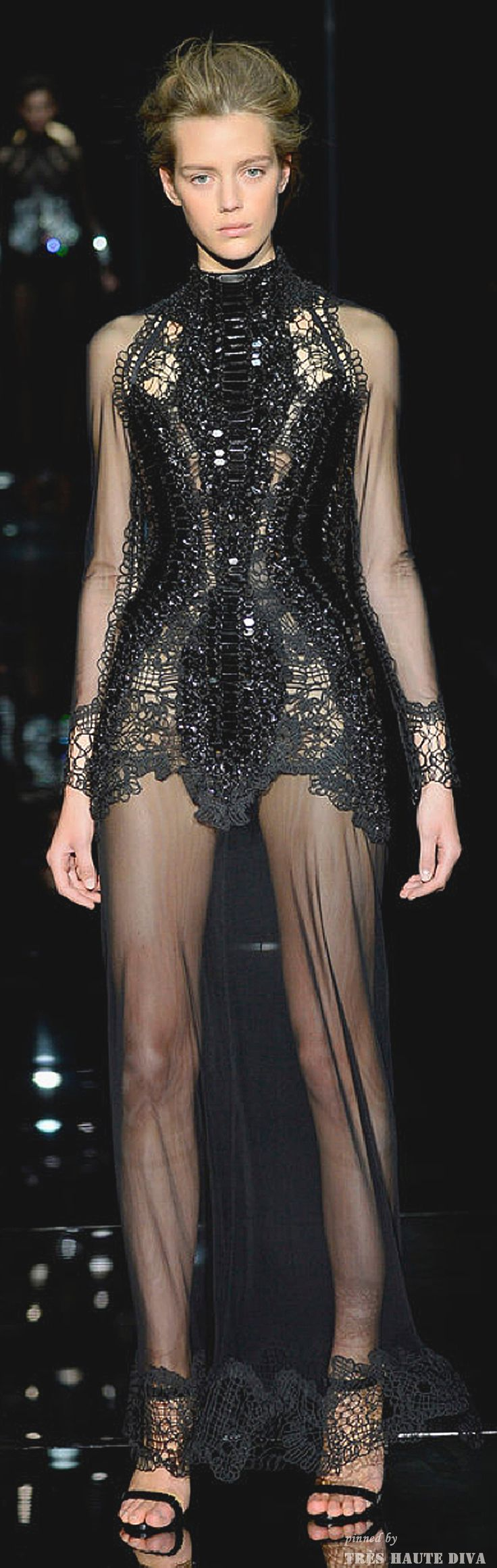 #London FW #TomFord Spring/Summer 2014 RTW www.nytimes.com/...
