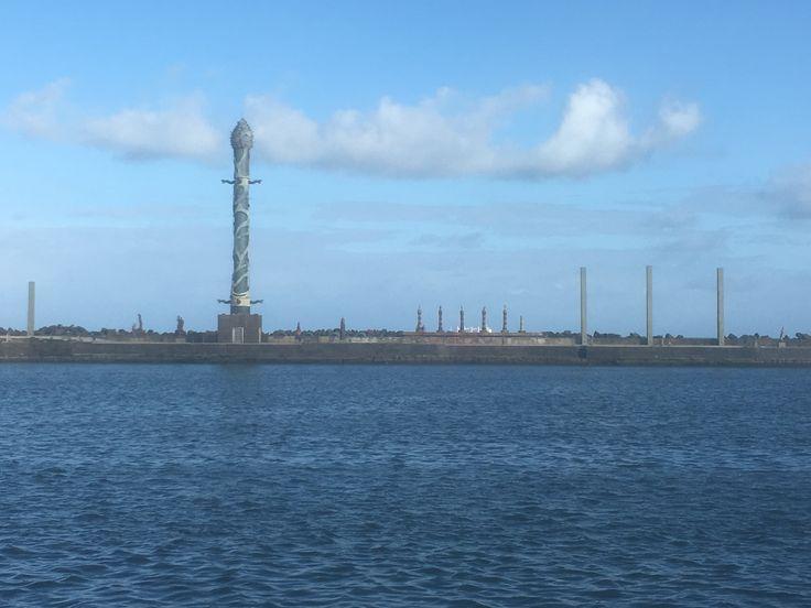 Recife : zona antiga com parte de Francisco Brennan