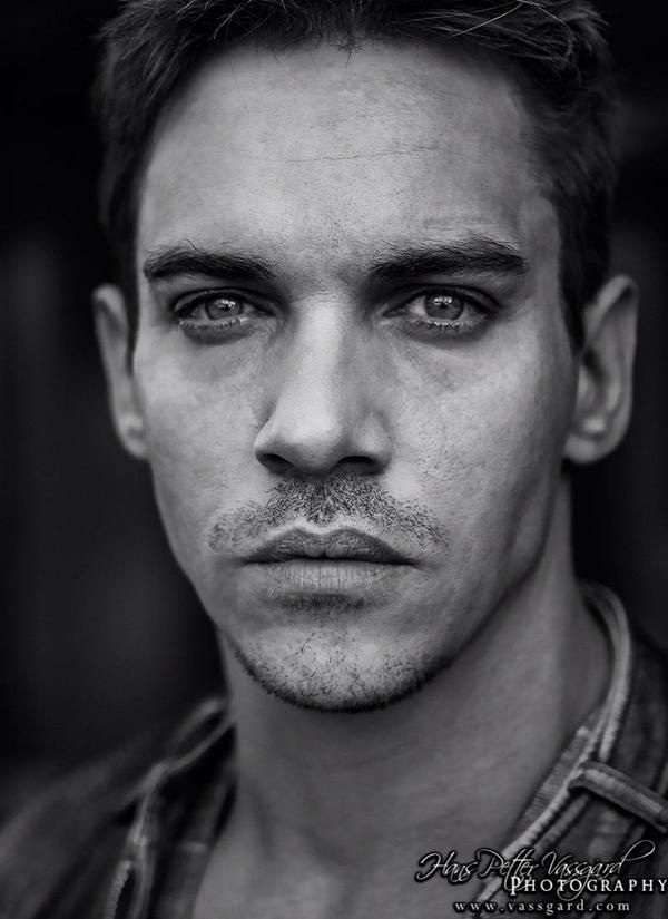 Jonathan Rhys Meyers Publicly Relapsed After Wife Mara Lane Suffered a Miscarriage