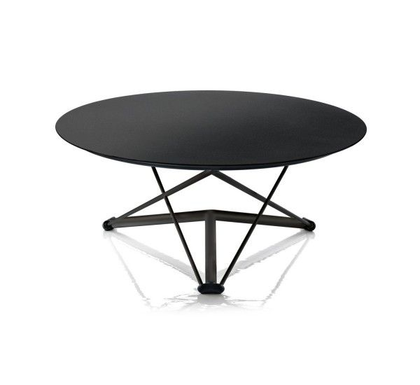 Lem, Magis, is a height-adjustable table designed by Andries and Hiroko van Onck.By adjusting the plan you can turn the table u coffee table and vice versa. Its laminate HPL and its steel structure, painted or chromed. make this table extremely sturdy so you do not have any problem even after several movements.The great quality of Lem is the possibility to really have the right height of the table: the gear wheel with spring located under the plan allows you to position it to move to…
