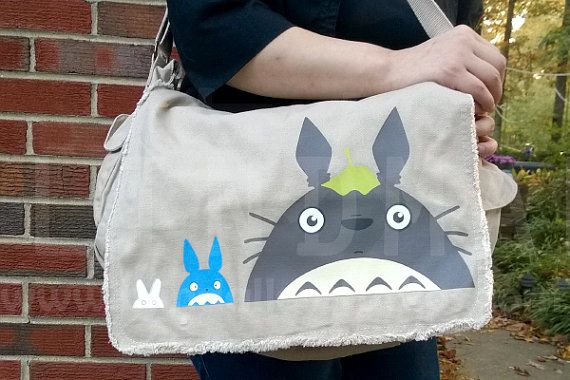 Sac de messager de Totoro par BlindAlleyStudios sur Etsy