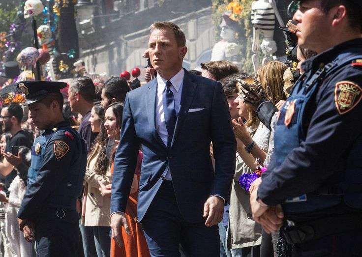 """""""Spectre"""" Proves James Bond Is Blockbuster Business Again - BuzzFeed News"""