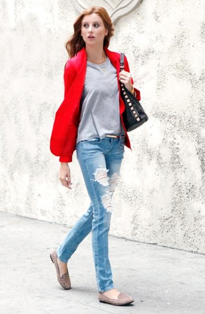 ripped jeans and a colored blazer create a great weekend look