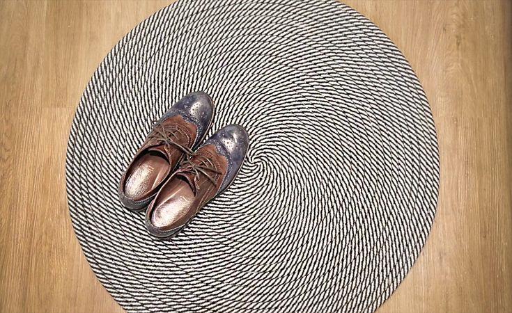 Ensinamos a fazer um tapete de corda versátil, que se adapta muito bem a diversos ambientes e dá um toque descontraído e informal aos…