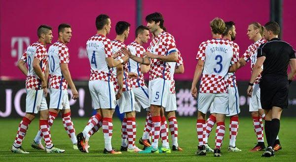 Banh 88 Trang Tổng Hợp Nhận Định & Soi Kèo Nhà Cái - Banh88.infoKèo Nhà Cái W88 - Nhận định Croatia vs Phần Lan 1h45 ngày 07/10: 3 điểm bắt buộc  Nhận định bóng đá hôm nay soi kèo trận đấu Croatia vs Phần Lan 1h45 ngày 07/10 World Cup 2018 sân Stadion HNK Rijeka.  Cục diện tại bảng I vòng loại World Cup 2018 lúc này đang đi tới giai đoạn rất căng thẳng khi cơ hội đi tiếp đang chia đều cho 4 đội dẫn đầu. Tất nhiên Croatia vẫn đang nắm trong tay lợi thế khi là đội có được chỉ số phụ cao nhất…