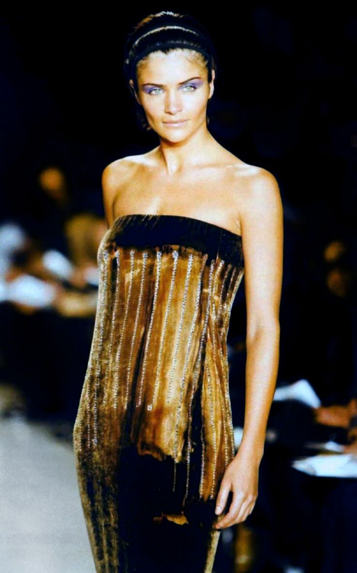 Helena Christensen for Donna Karan Fall/Winter 1997