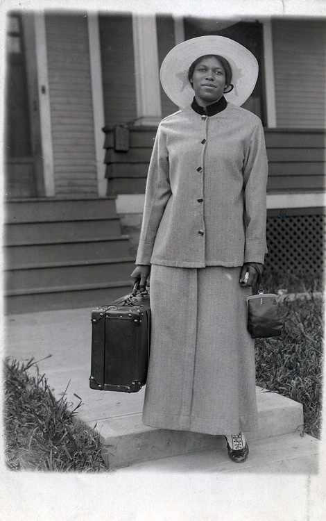 vintage pics of african americans   Farewell Friendcirca 1930's©WaheedPhotoArchive, 2012