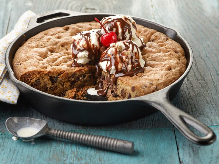 Recipe of the Day: Ree's Skillet Cookie Sundae You could bake cookies by the batch, but it's so much more fun to bake one giant, chocolate chip-loaded cookie in a skillet. Load it up with ice cream, hot fudge, whipped cream and cherries.