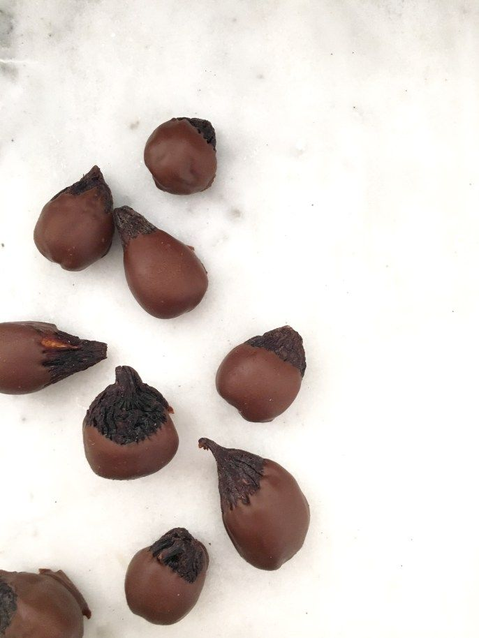 Marcona Almond Stuffed Chocolate Covered Figs - à la Susu