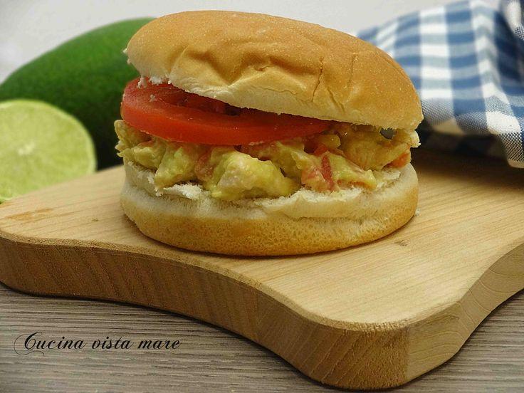 Hamburger+di+pollo+e+guacamole