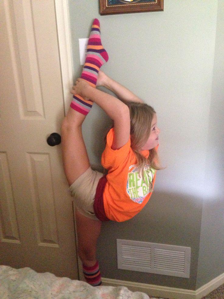 Cheerleading... Almost has her scorpion!