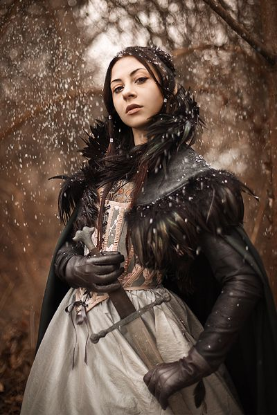 : Models, Costumes, Knights, Games Of Thrones, Thrones Cosplay, Arya Stark, Feathers, Game Of Thrones, Ravens