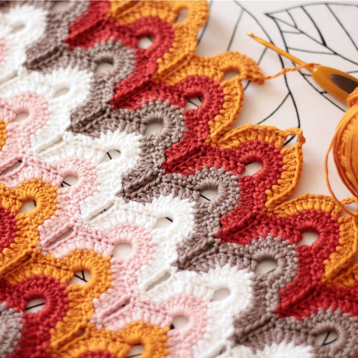 pardalote: Learning a new crochet stitch. by Anabela Félix on...