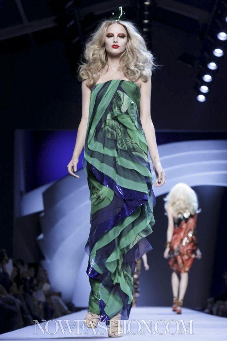 Christian Dior Couture Fall Winter 2011 Paris